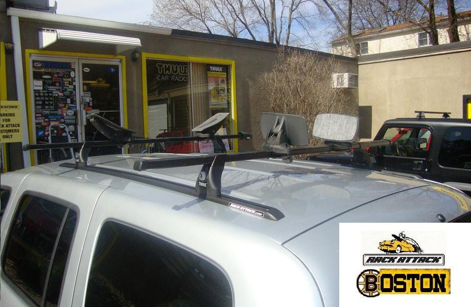 Chevy HHR Without Factory Roof Rack Thule 54 Inch Top